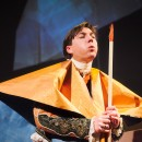 podiumfoto 6, ORFEO, een drama van karton