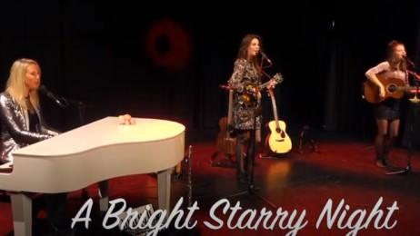 trailer A Bright Starry Night